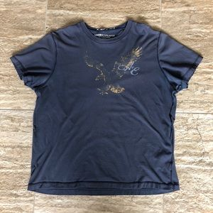 American Eagle men's t-shirt in great condition!